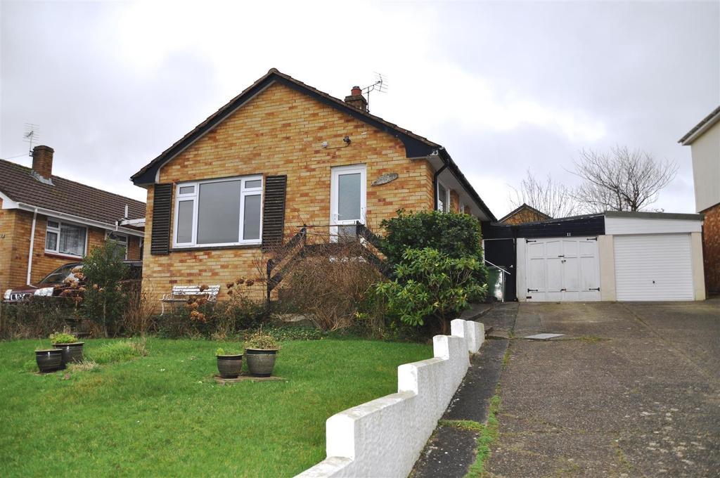 3 Bedrooms Detached Bungalow for sale in Tennacott Heights, Bideford