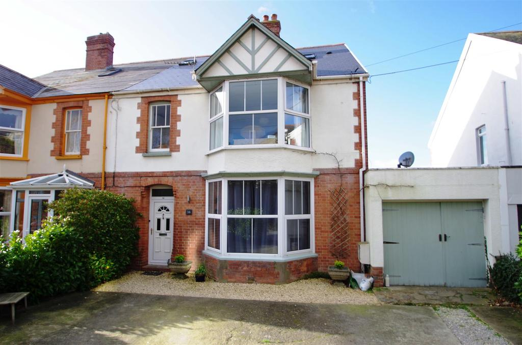 4 Bedrooms Semi Detached House for sale in Hills View, Braunton