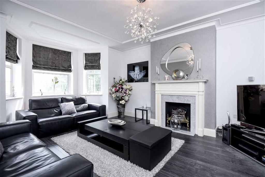 3 Bedrooms Flat for sale in Clarendon Court, Sidmouth Road, Brondesbury Park, NW2