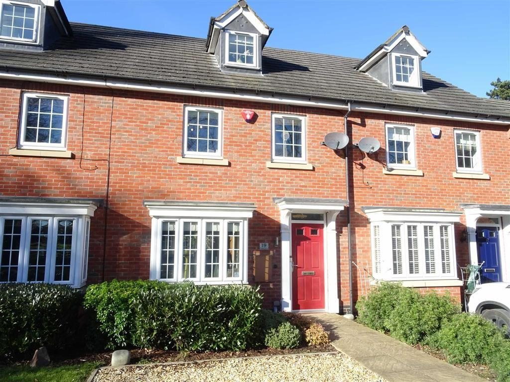 3 Bedrooms Town House for sale in Burgess Drive, Earl Shilton