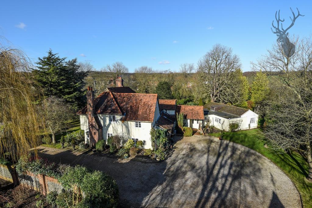 7 Bedrooms House for sale in Masons Bridge Farm, Fiddlers Hamlet, CM16