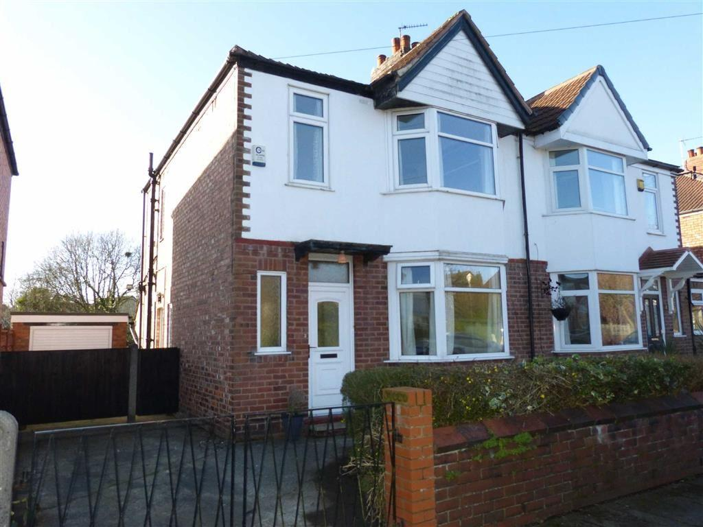 3 Bedrooms Semi Detached House for sale in Belwood Road, Chorlton
