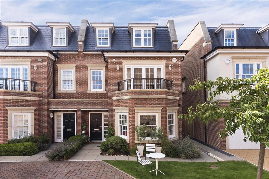 5 Bedrooms Semi Detached House for sale in Lincoln Grove, Weybridge, Surrey, KT13