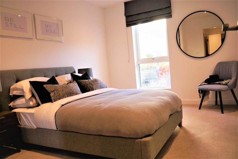 1 Bedroom Flat for sale in Discovery Tower, Silvertown Square, Canning Town, London, Greater London. E16