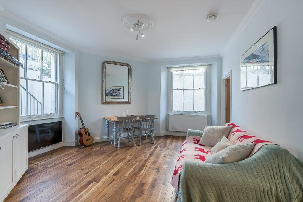 1 Bedroom Flat for sale in WARWICK WAY, SW1V