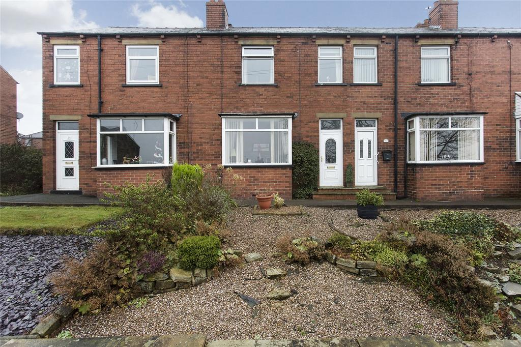 3 Bedrooms Terraced House for sale in Kirkgate, Hanging Heaton, Batley, West Yorkshire, WF17