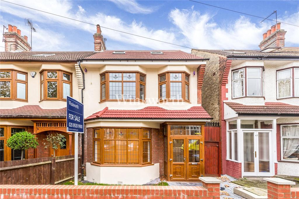 4 Bedrooms End Of Terrace House for sale in Hawthorn Avenue, London, N13