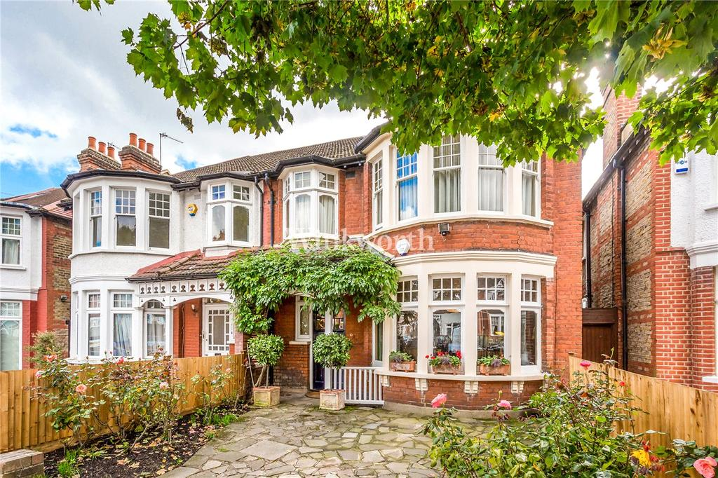 4 Bedrooms Semi Detached House for sale in Selborne Rd, Southgate, N14