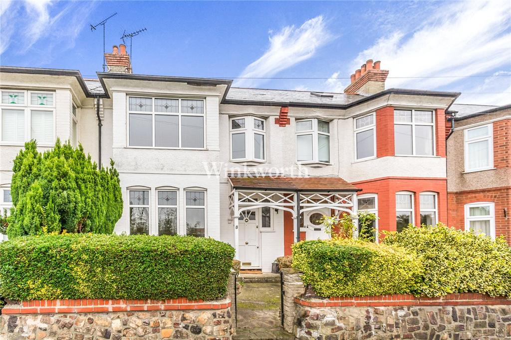 3 Bedrooms Terraced House for sale in Farm Road, London, N21