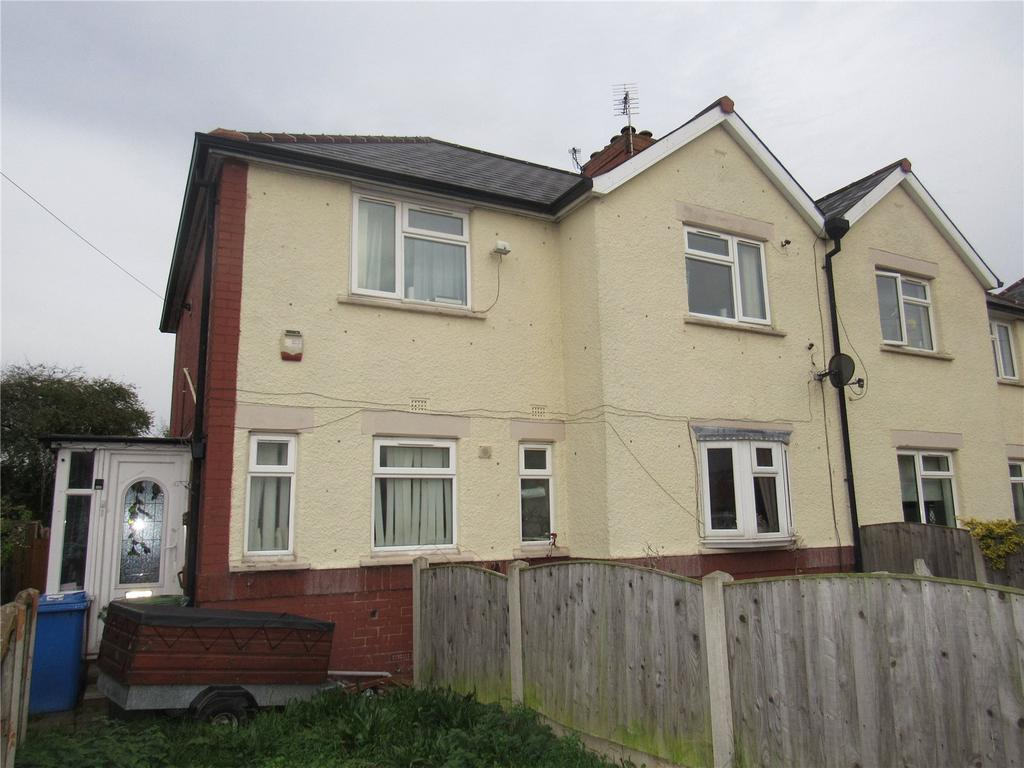 4 Bedrooms Semi Detached House for sale in Lawrence Avenue, Mansfield Woodhouse, Nottinghamshire, NG19