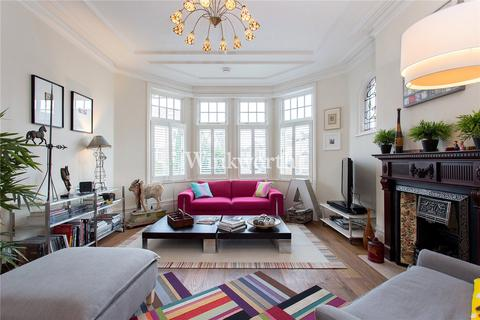 5 bedroom end of terrace house to rent - Fox Lane, London, N13