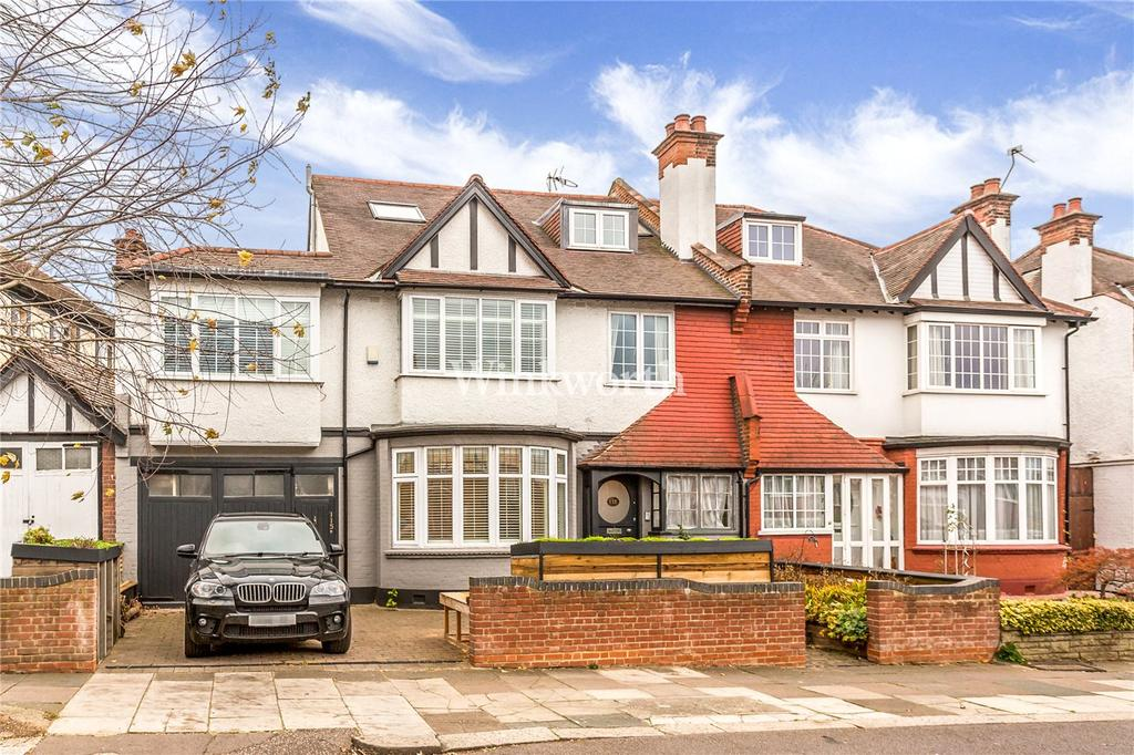 6 Bedrooms Semi Detached House for sale in Powys Lane, London, N13