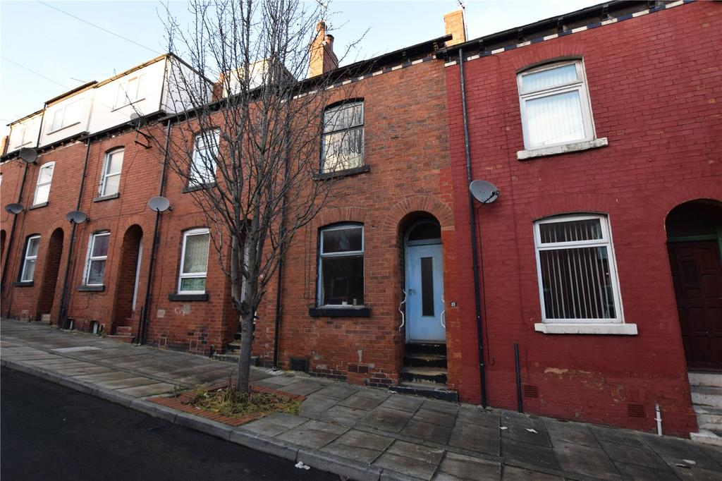 3 Bedrooms Terraced House for sale in Rowland Road, Leeds, West Yorkshire, LS11
