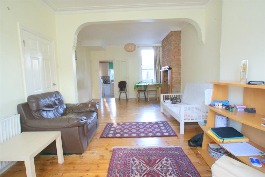 3 Bedrooms Terraced House for sale in St. Loy's Road, London, N17