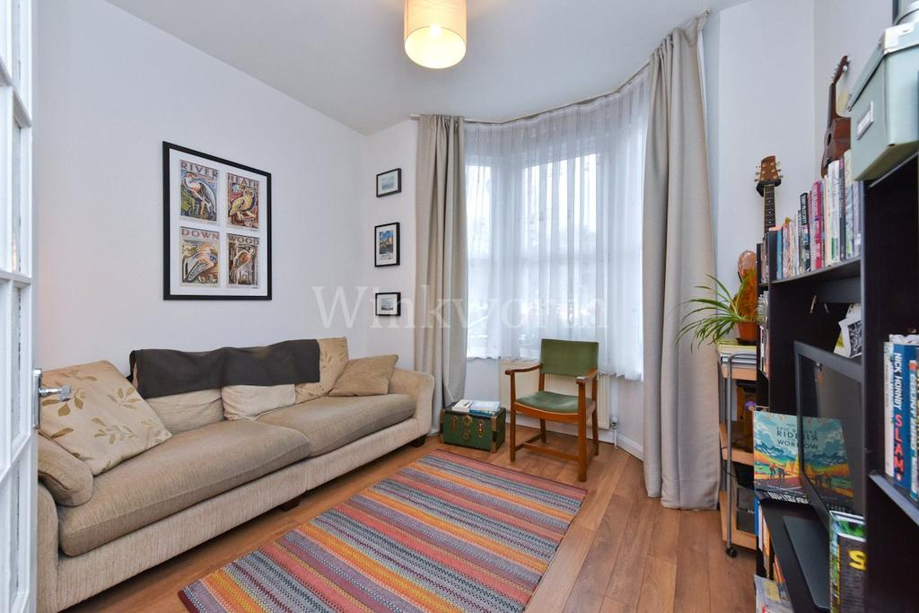 1 Bedroom House for sale in Westerfield Road, London, N15