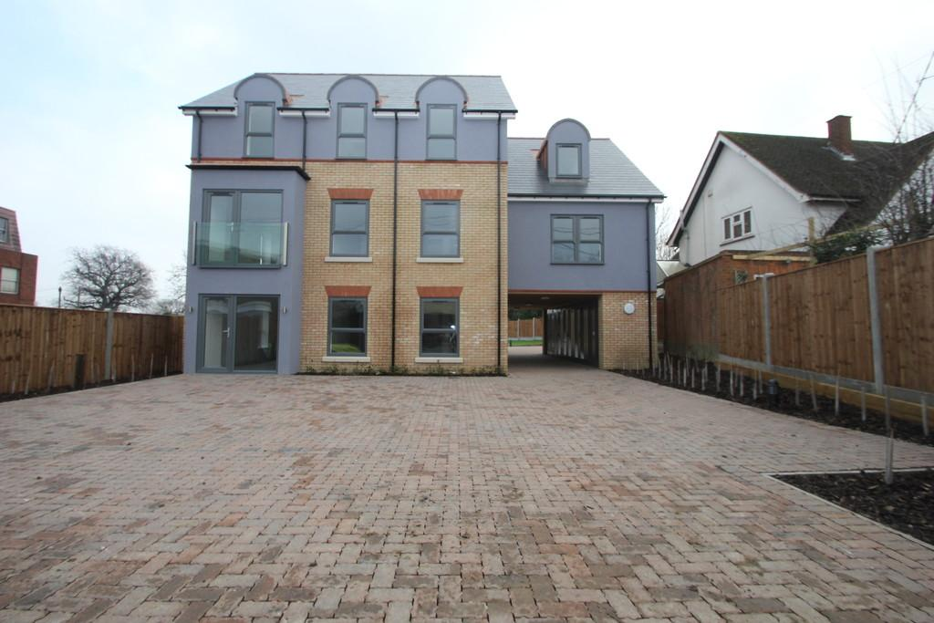 2 Bedrooms Apartment Flat for sale in Flat 4, First Floor Duplex Apartment, Willow Court, 1 Woodlands Road, Hockley