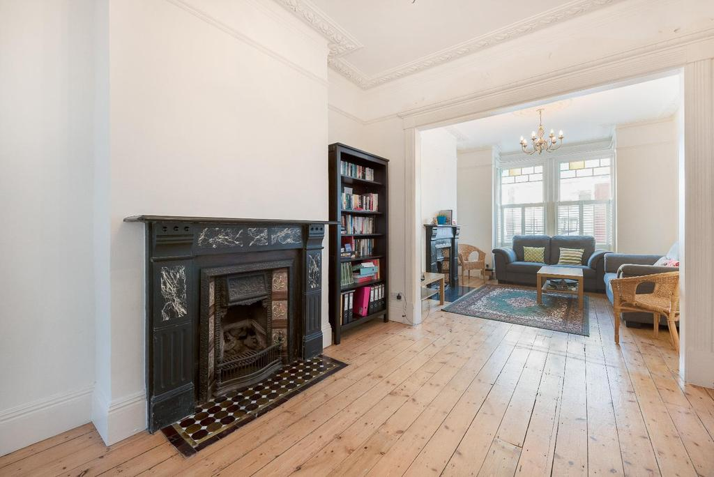 4 Bedrooms House for sale in LONGBEACH ROAD, SW11