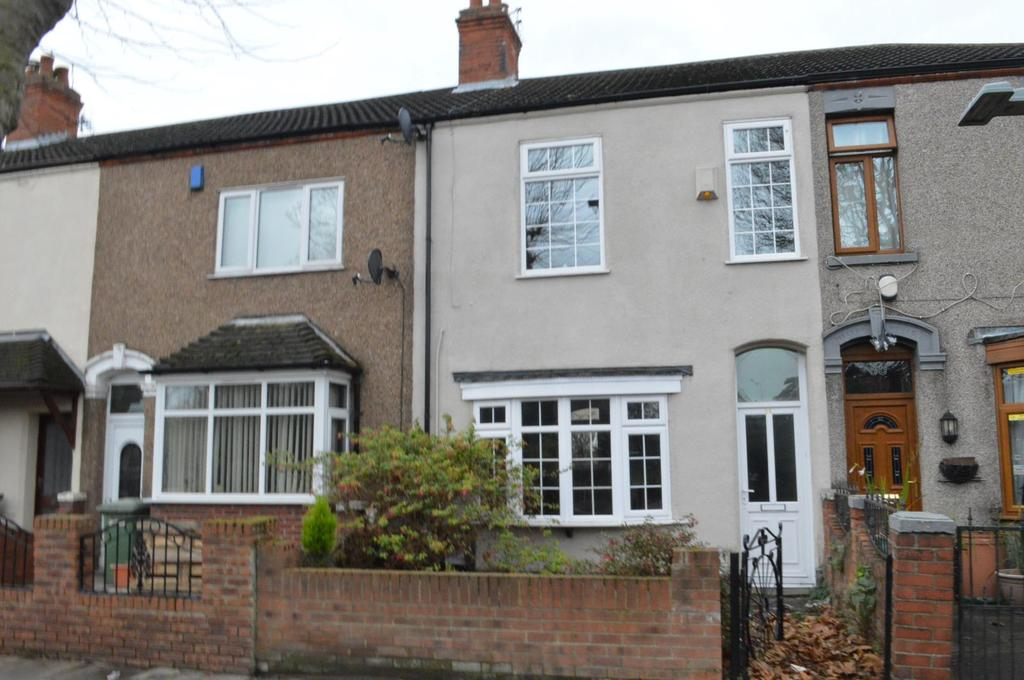 3 Bedrooms Terraced House for sale in Humberstone Road, Grimsby, North East Lincolnshire, DN32