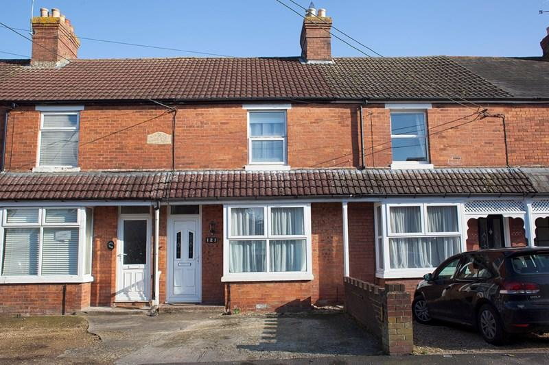 3 Bedrooms Terraced House for sale in Old Winton Road, Andover