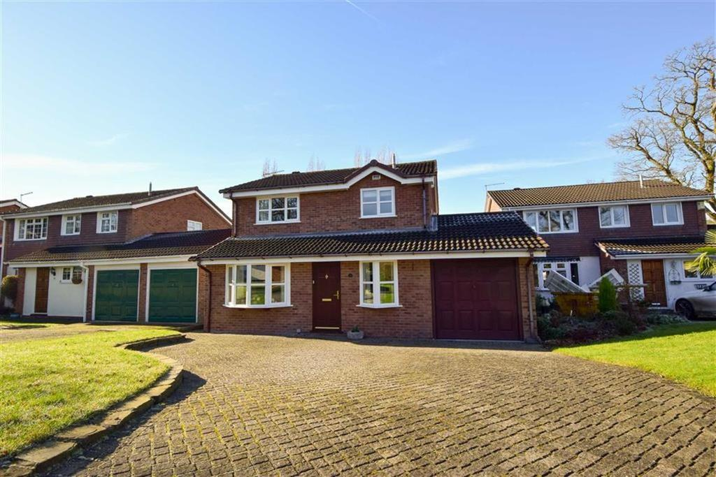 3 Bedrooms Detached House for sale in Greendale Drive