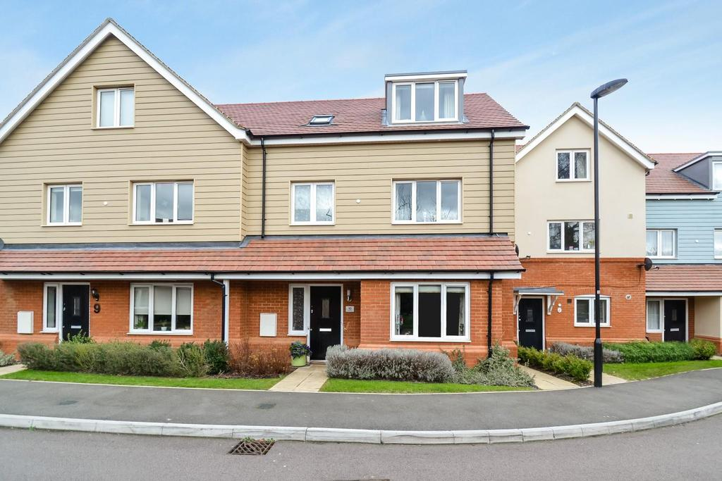 3 Bedrooms Town House for sale in Aurora Close, Watford