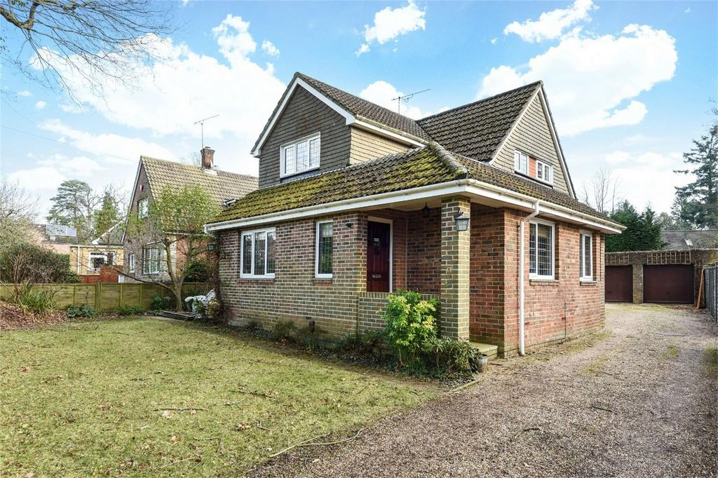 3 Bedrooms Detached House for sale in Oakwood Road, Chandler's Ford, Hampshire