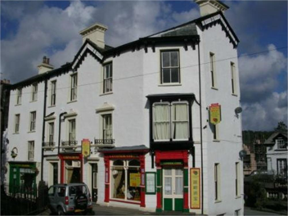 2 Bedrooms Flat for rent in Church Street, Bowness-on-Windermere, Windermere, Cumbria