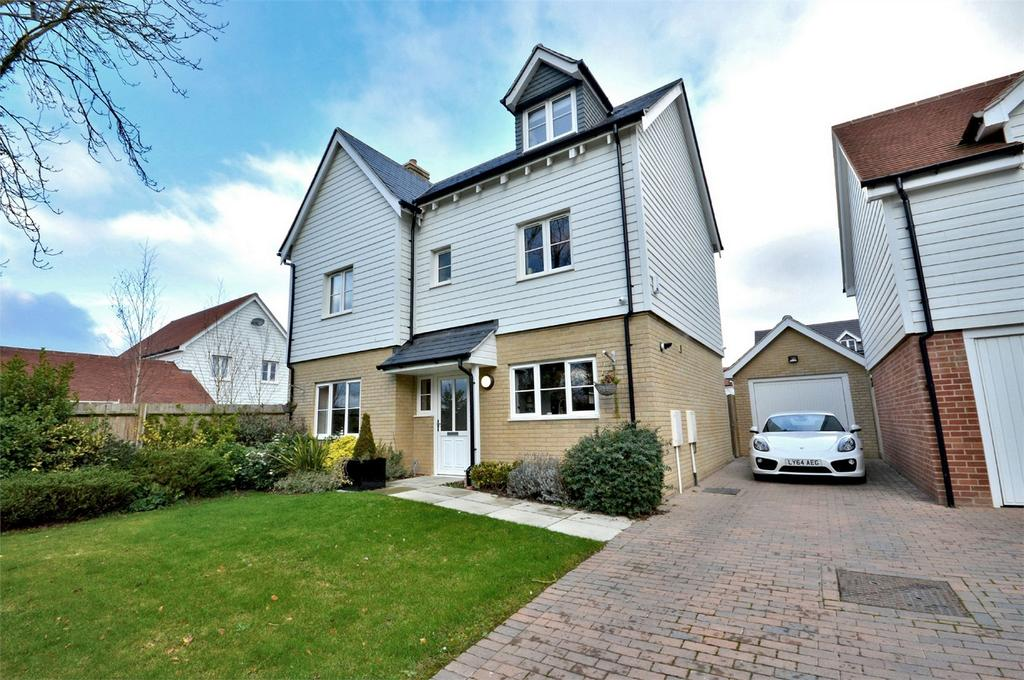 4 Bedrooms Detached House for sale in 22 Eldridge Close, Clavering, Nr Saffron Walden