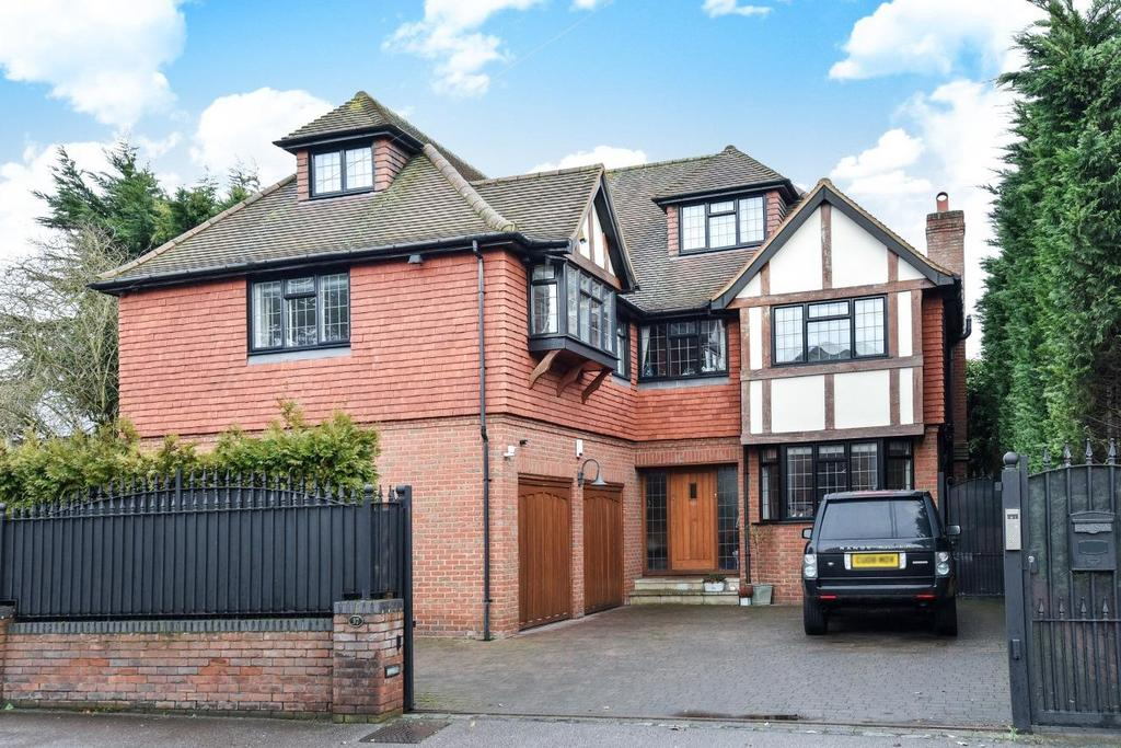 6 Bedrooms Detached House for sale in Southborough Road, Bickley