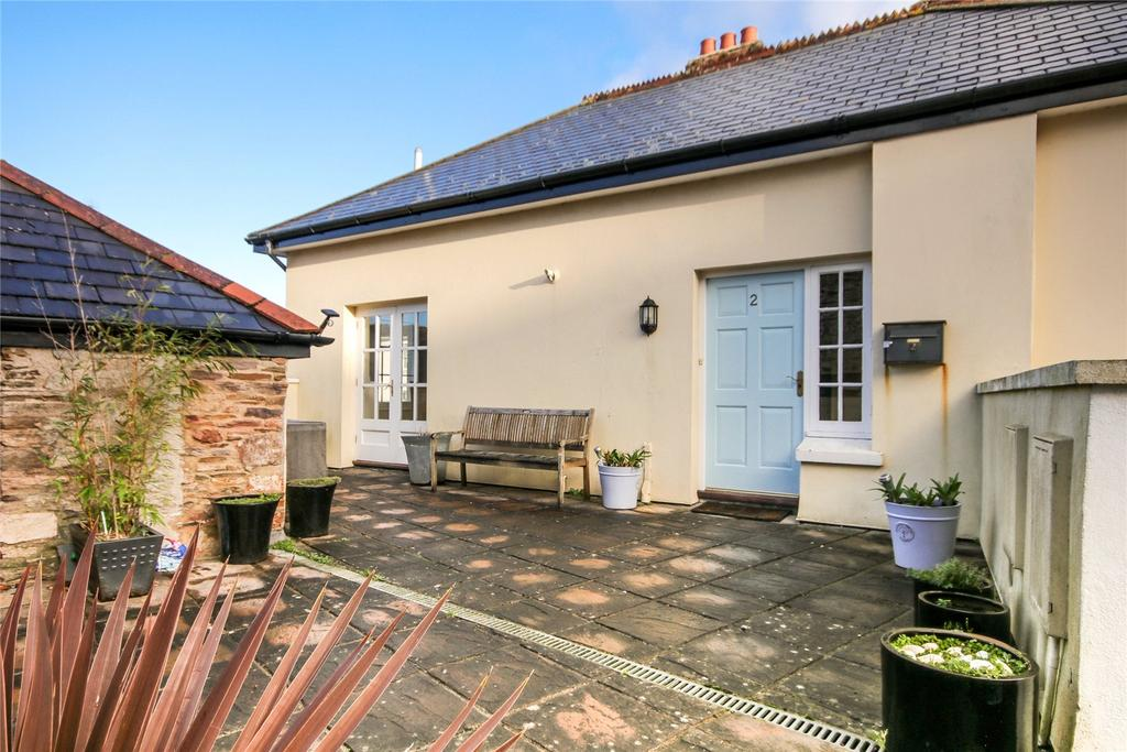 2 Bedrooms Apartment Flat for sale in Brooke House, Galpin Street, Modbury, Ivybridge, Devon, PL21