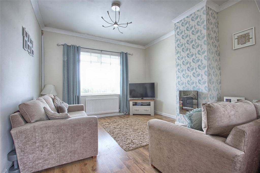 3 Bedrooms Terraced House for sale in West Terrace, New Marske