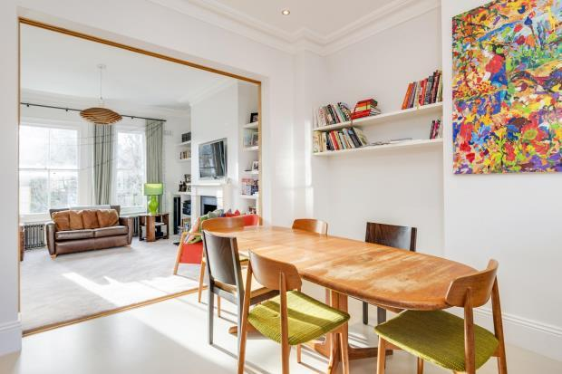 4 Bedrooms Maisonette Flat for sale in Oseney Crescent, Kentish Town, London, NW5