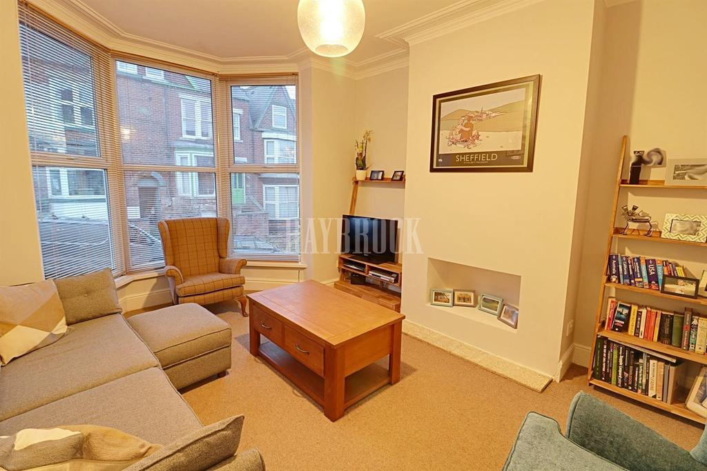 3 Bedrooms Terraced House for sale in Hunter House Road, Hunters Bar, Sheffield, S11 8TX