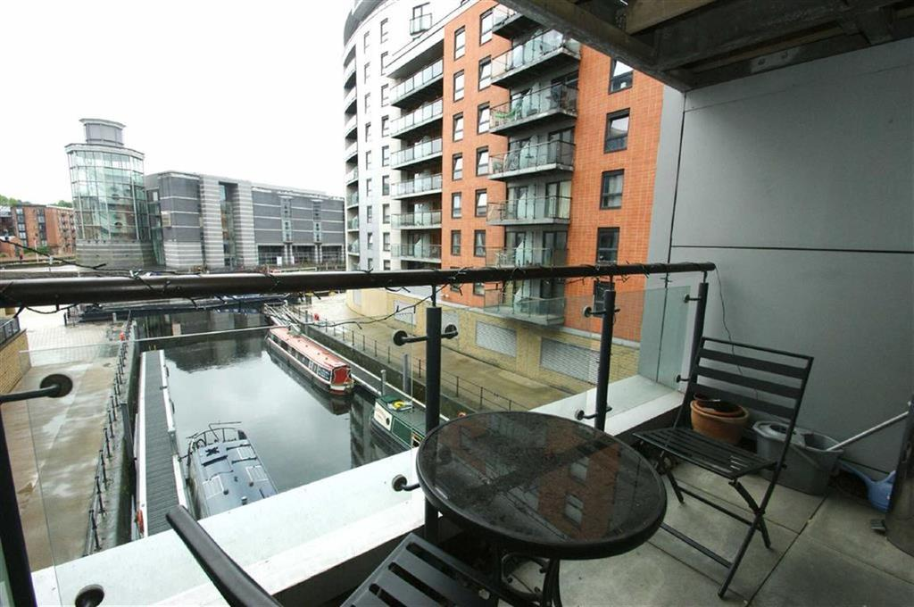 2 Bedrooms Apartment Flat for sale in Magellan House, Clarence Dock, LS10