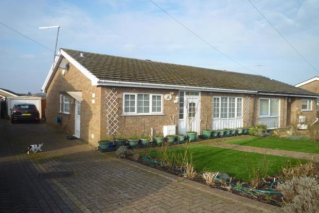 3 Bedrooms Bungalow for sale in Green Park, Chatteris, PE16