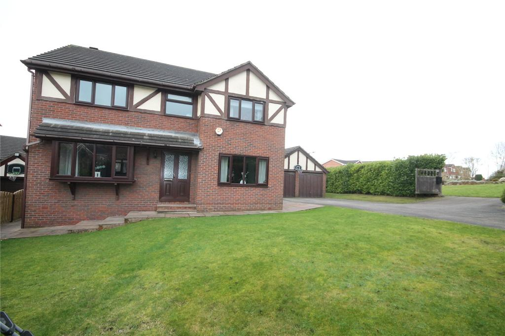 4 Bedrooms Detached House for sale in Oaks Farm Drive, Darton, Barnsley, S75