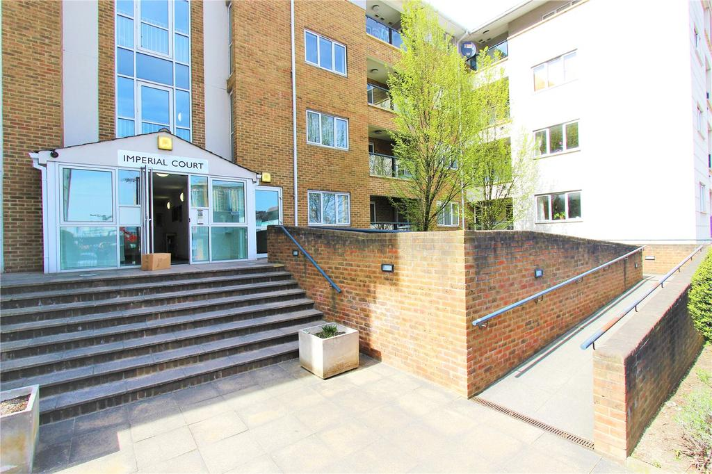 2 Bedrooms Apartment Flat for sale in Imperial Court, Empire Way, Wembley, HA9