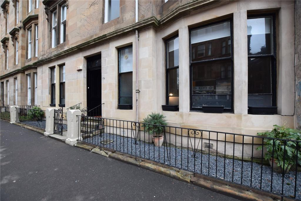 3 Bedrooms Apartment Flat for sale in Main Door, Hyndland Road, Hyndland, Glasgow