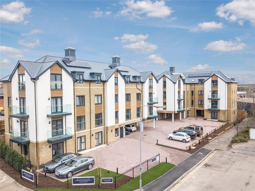3 Bedrooms Flat for sale in Plot 6 Hamilton Place, Clarendon Way, Colchester, CO1