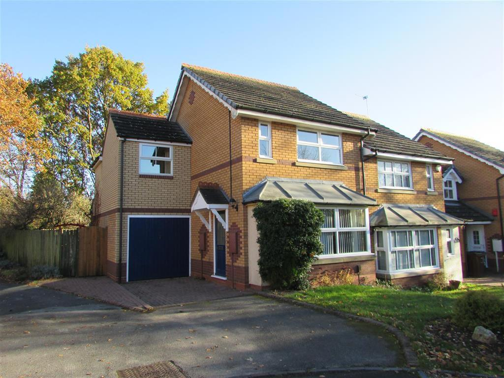 3 Bedrooms Semi Detached House for rent in Kilsby Grove, Solihull, West Midlands