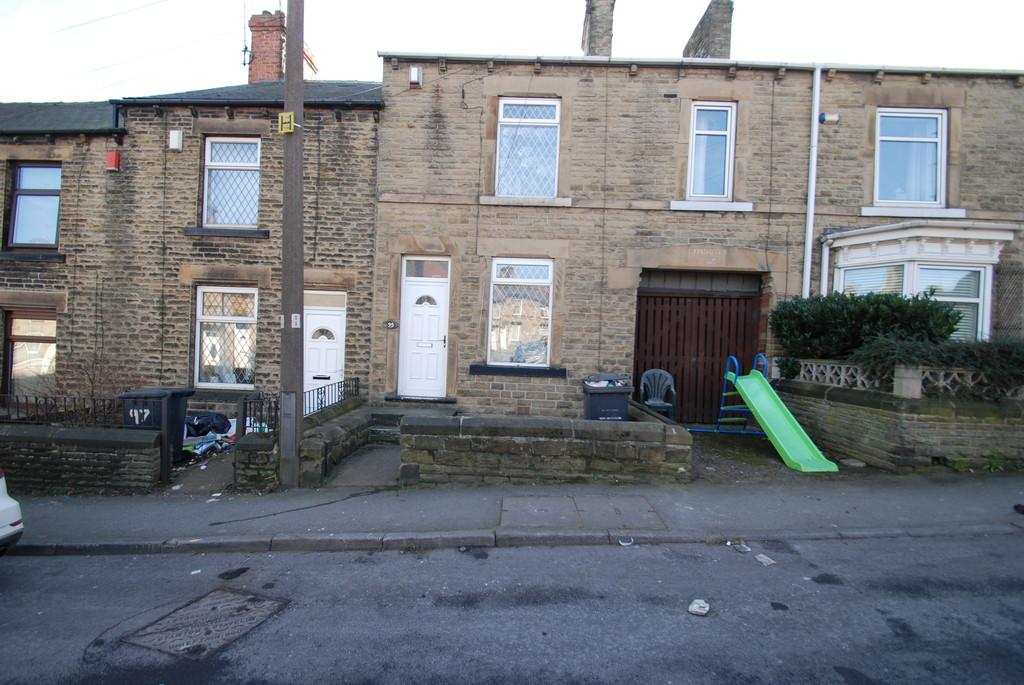 2 Bedrooms Terraced House for sale in King Street, Hoyland, Barnsley S74