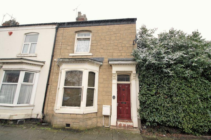 3 Bedrooms Terraced House for sale in Bishopton Lane, Stockton, TS18 2AJ