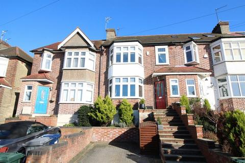 3 bedroom terraced house to rent - Ferney Road, Barnet