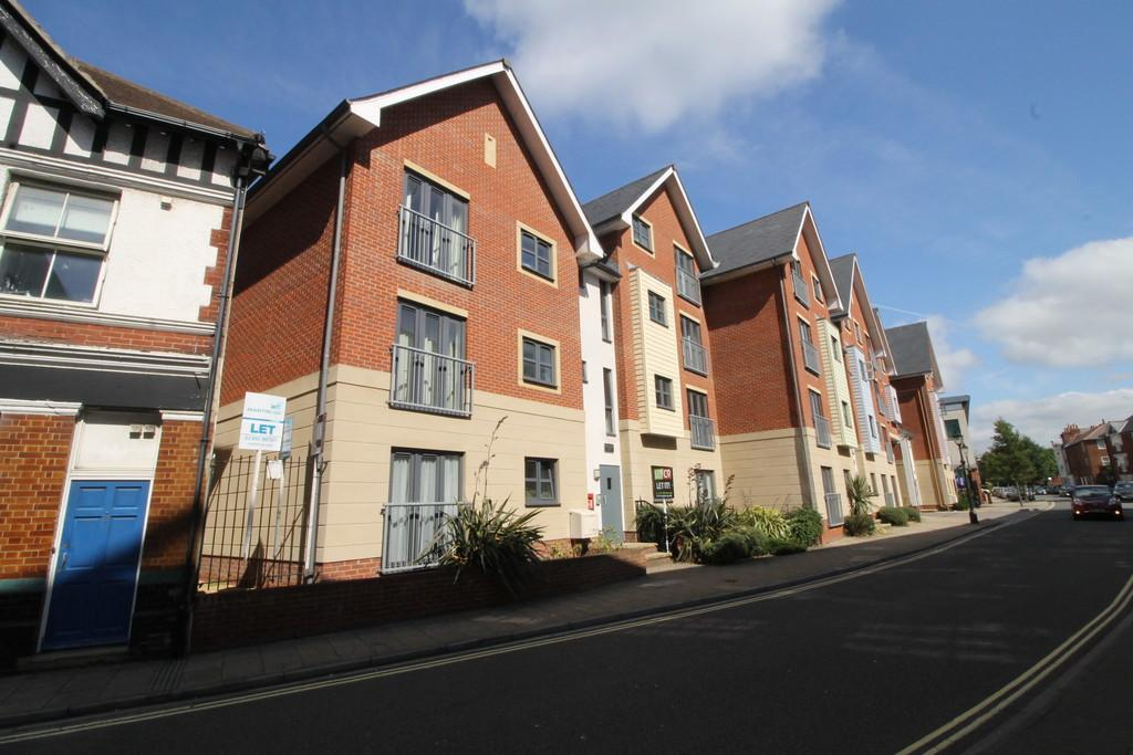 2 Bedrooms Apartment Flat for sale in St James's Street, Portsmouth