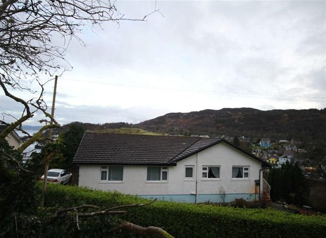 4 Bedrooms Detached House for sale in Lady Ileene Road, Tarbert