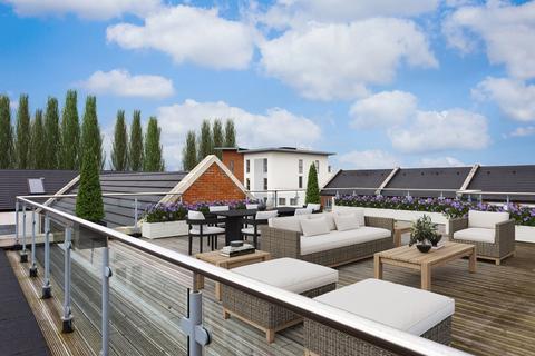 3 bedroom penthouse for sale - Adventurers Court, Pond Garth, York, YO1