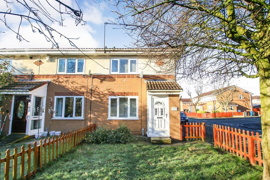 2 Bedrooms Mews House for sale in Caledonian Drive, Eccles, Manchester, M30