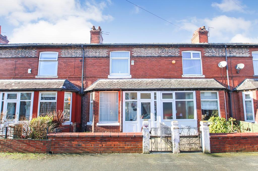3 Bedrooms Terraced House for sale in Firwood Avenue, Urmston, Manchester, M41