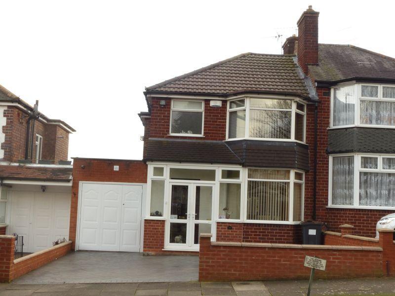 3 Bedrooms Semi Detached House for sale in Millington Road, Birmingham
