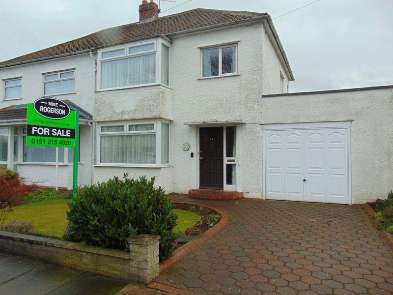 3 Bedrooms Semi Detached House for sale in Whitecroft Road, West Moor, Newcastle Upon Tyne